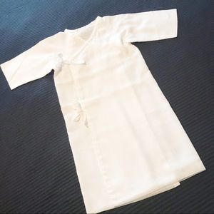 5/$25  COTTON INFANT BATH ROBE NWOT